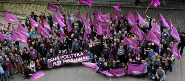 Młodzi, niezepsuci działacze partii Zandberga.