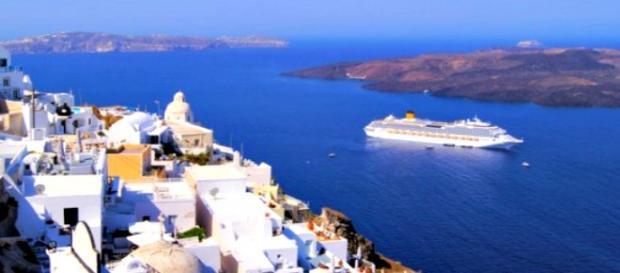 Vista panoramica mozzafiato a Santorini