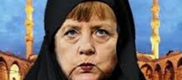 Angela Merkel krytpo-muzułmanką?