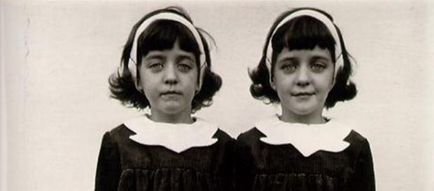 @Diane Arbus Identical Twins 1967