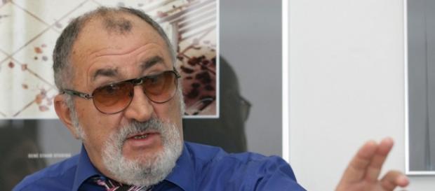 Ion Țiriac incinge spiritele în țară
