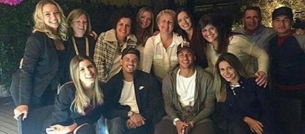 Neymar em aniversário de carolina(Foto/Reprodução)