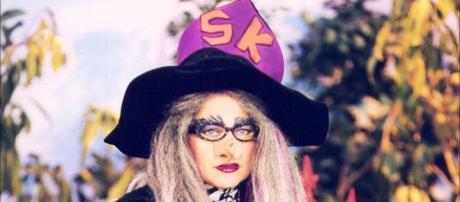 Xuxa homenageia as bruxas na Record
