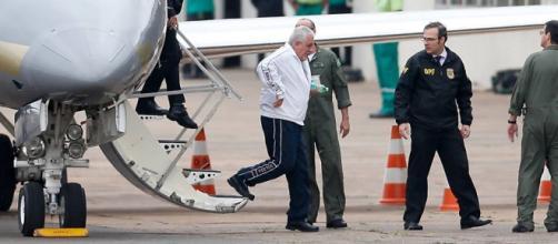Henrique Pizollato é extraditado para o Brasil.