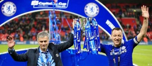 Mourinho e Terry alzano la Capital One Cup 2014/15