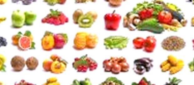 imagen con diferentes frutas y verduras.