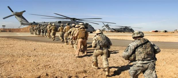 US commando killed in raid on ISIL.