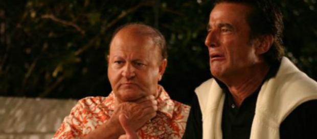 Boldi e De Sica in una scena insieme