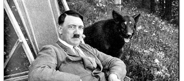 Descoperire șocantă. Adolf Hitler a fost femeie