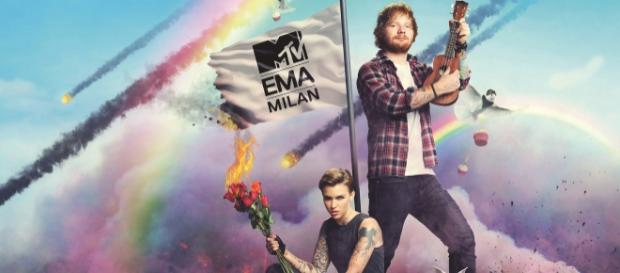 Ed Sheeran & Ruby Rose moderierten die MTV EMA2015
