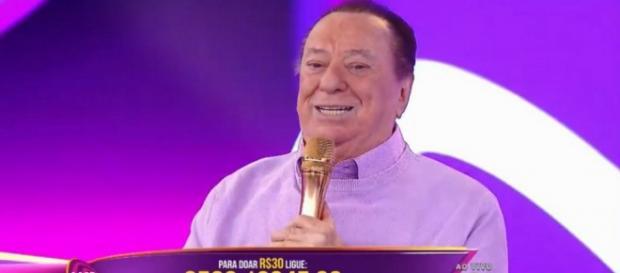 Raul Gil critica Dilma e desabaf