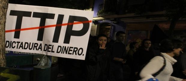 TTIP, cartel Marchas por la dignidad, Madrid