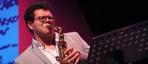 Gerry López ofreció concierto en Festival JAZZUV