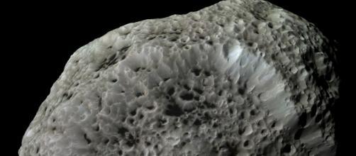 grande asteroide a contatto con la troposfera