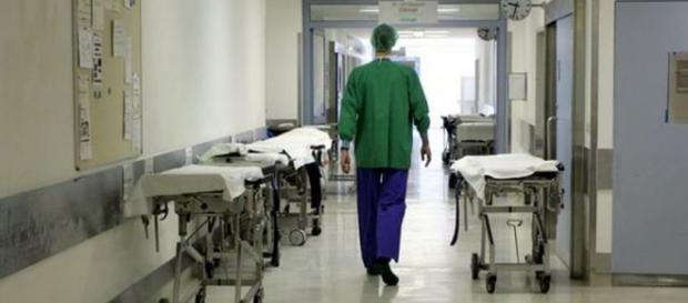 Caso di meningite dell'infermiere a Pisa