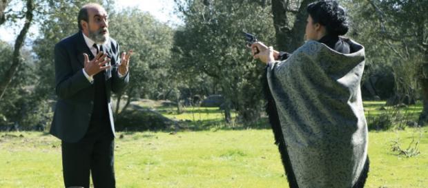 Il Segreto: Bernarda spara a Fulgencio