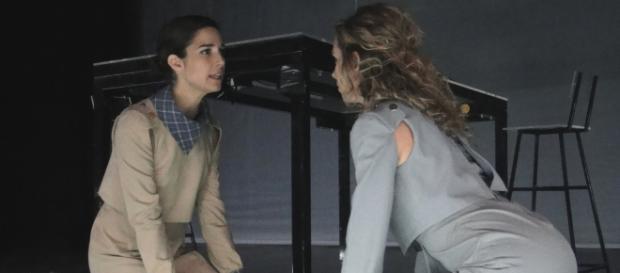 Juanita Viale y Victoria Césperes.