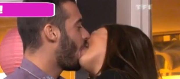 Le premier baiser en public de Loïc et Julie !