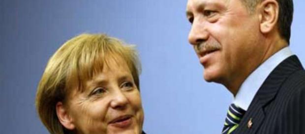 Wizyta Merkel w Ankarze to wzmocnienie Turcji