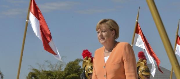 Kanclerz Merkel jest krytykowana przez parlament.