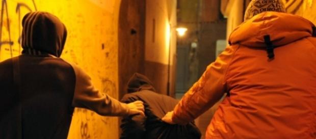 Un copil a fost bătut pentru că este român