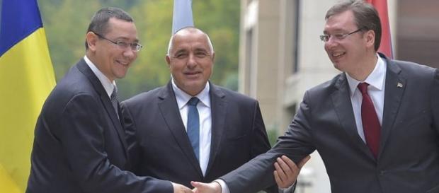 Victor Ponta la Sofia cu premierul bulgar şi sârb