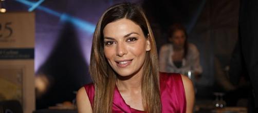 Angela Poggi coinvolta dalla storia di Antonietta