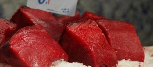 Carne rossa di primo taglio venduta al mercato