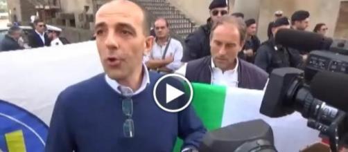 Pubblico inconsapevole al comizio di Salvini