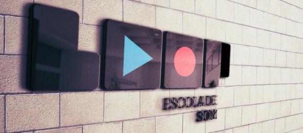 LOOP Escola de Som (wallpaper)