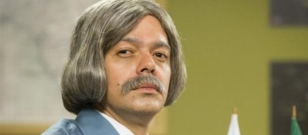 Bruno Mazzeo encarna Professor Raimundo