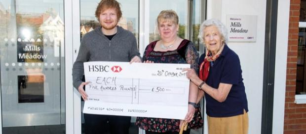 Ed Sheeran hat 500 Pfund an EACH gespendet