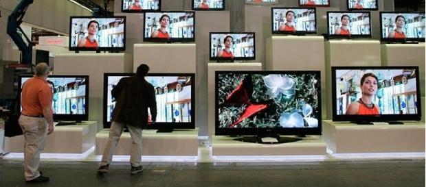 Escaparate con televisores de Samsung