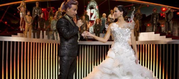 Mutige Braut: Katniss im Hochzeitskleid