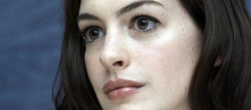 "Anne Hathaway protagoniza ""Colossal"""