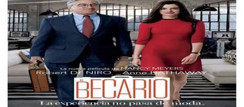 Cartel de la película estadounidense El Becario