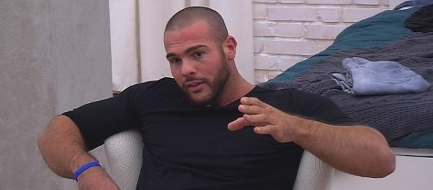 Big Brother: Manuel diskutiert mit Christian.