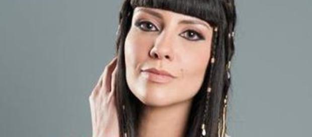 Camila Rodrigues: Nefertari na novela