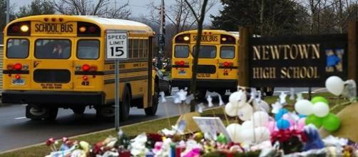 Il liceo Newton,dove ci fu una sparatoria nel 2012