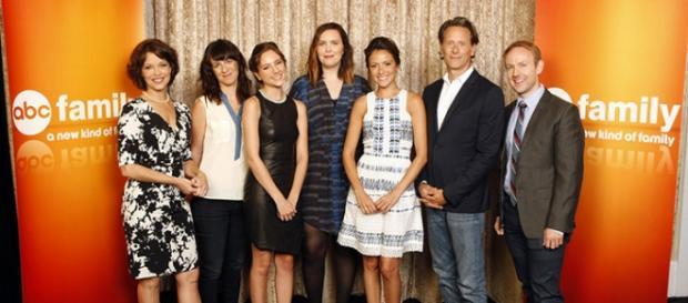 El equipo de 'Chasing Life' y sus protagonistas