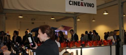 Cata de vinos en el ciclo Cine&Vino de la SEMINCI