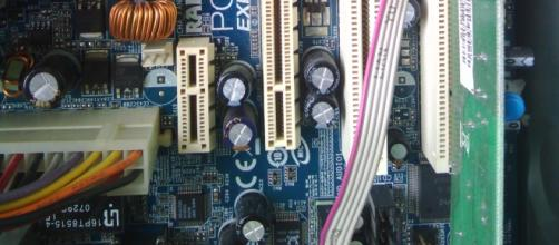 Fotografía de la placa madre de una PC