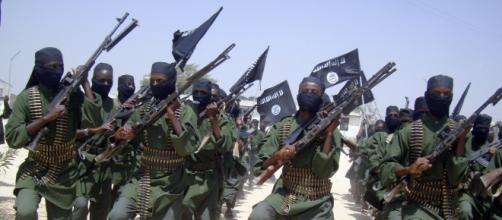 Isis terrorismo Somalia kamikaze estero al-shebaab