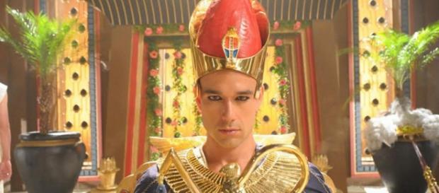 Ramsés fica louco e fala com o diabo