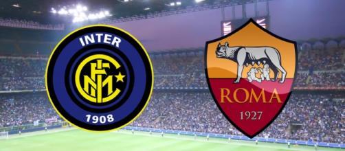 Gli scudetti ufficiali di Inter e Roma.