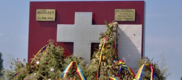 Monumentul dedicat victimelor de la Mihailești
