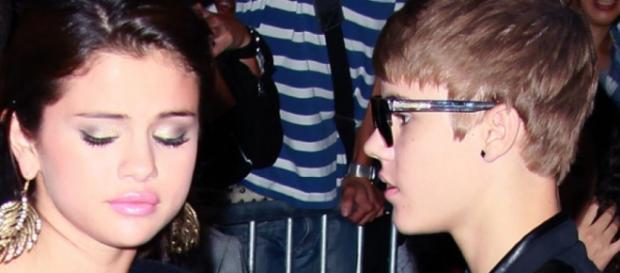 Selena Gomez continua preocupada com o cantor.