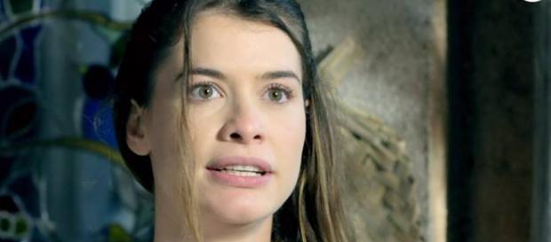 Lívia surta com Vitória por conta do pai