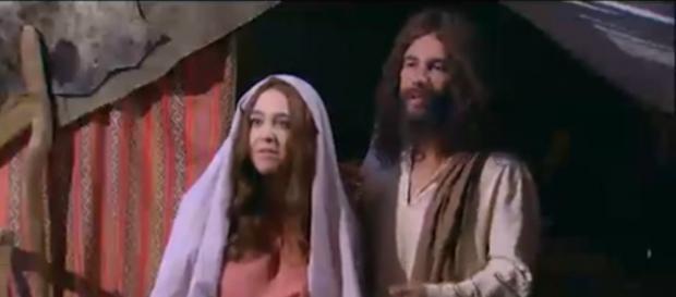Zorra apela para sátira de Jesus, Maria e José