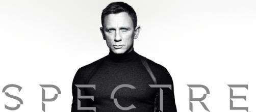 Cartel de la nueva película de 007: 'SPECTRE'